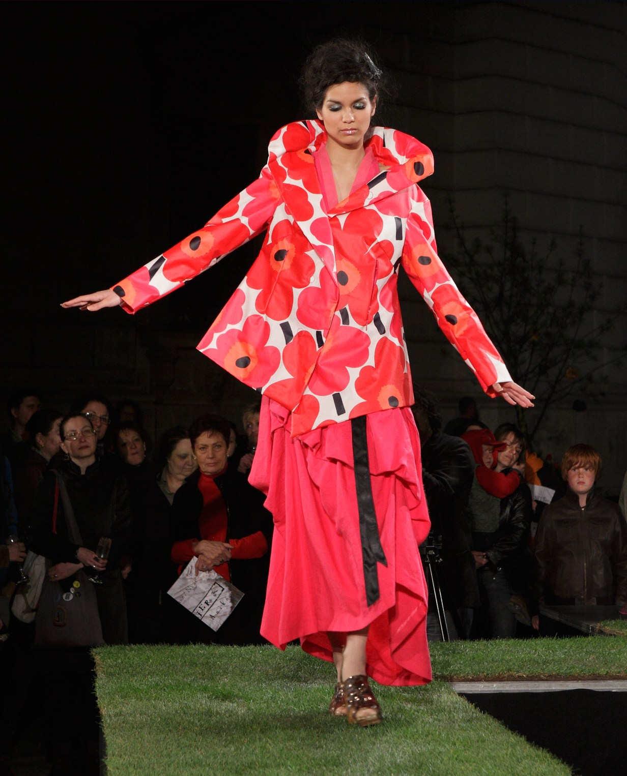 Anikó Tükörországban - Manier 2011 tavasz/ nyár - magyar-divat, ujdonsagok -