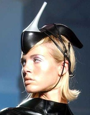 Egy kalap száz élete - divat-tortenetek -