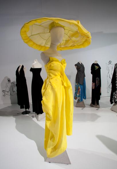 Yamamoto életmű kiállítás a V&A-ben - kiallitas, ujdonsagok -