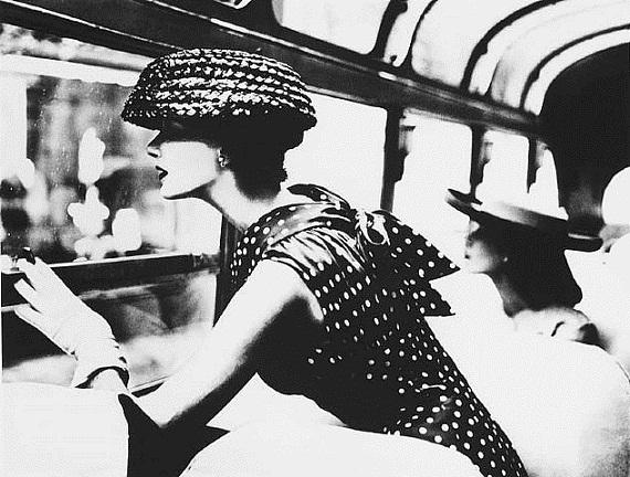 Lillian Bassman, a fények mestere - retro, ujdonsagok -