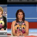 Két tévécsatorna, két híradós, ugyanaz a ruha