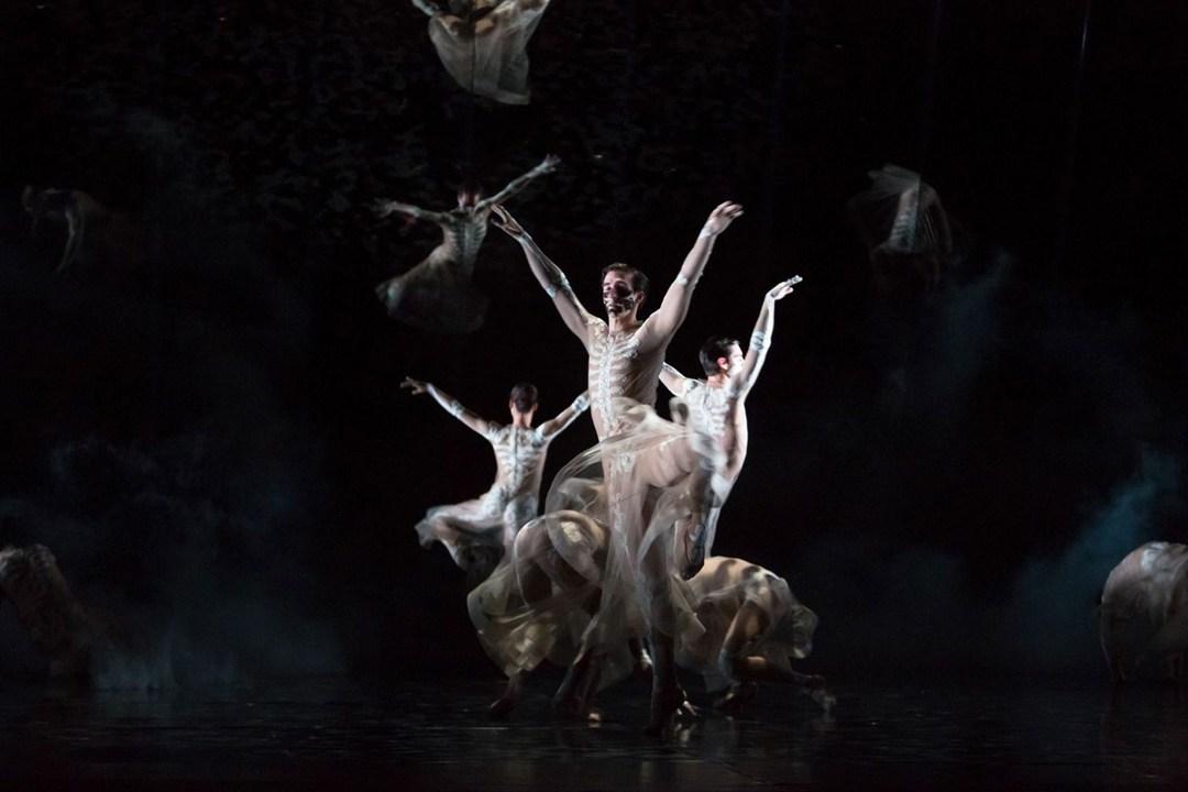 Riccardo Tisci balett jelmezeket tervezett - minden-mas, jelmez -