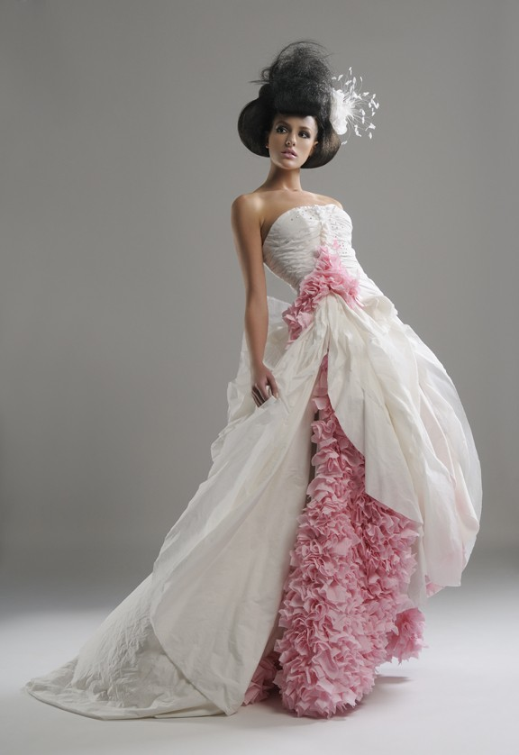 Esküvői ruhák- vécépapírból - pumpkin-light, eskuvoi-ruha-2, ujdonsagok -