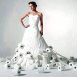 Esküvői ruhák- vécépapírból