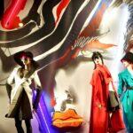 Tony Viramontes képei a Bergdorf Goodman kirakataiban
