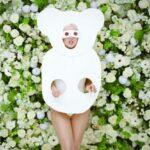 Bea Szenfeld papírruhái Lady Gaga G.U.Y. videójában