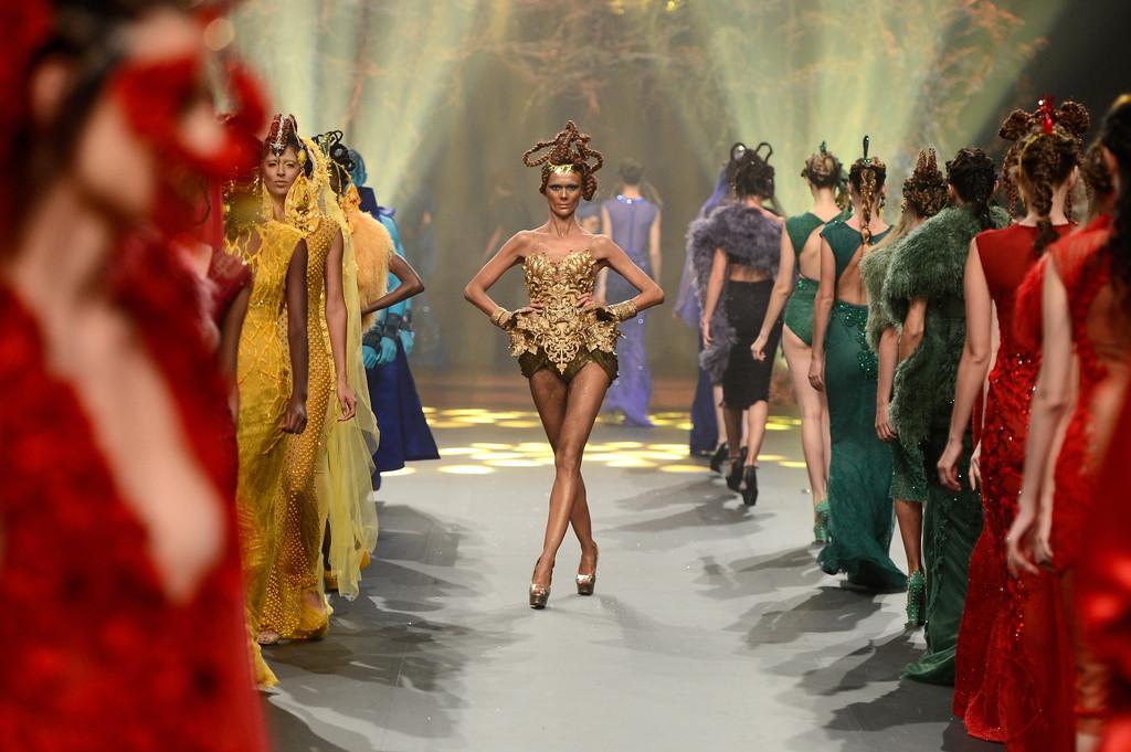Harcos dívák a színkörről - Amato Haute Couture - trendek-2, minden-mas -