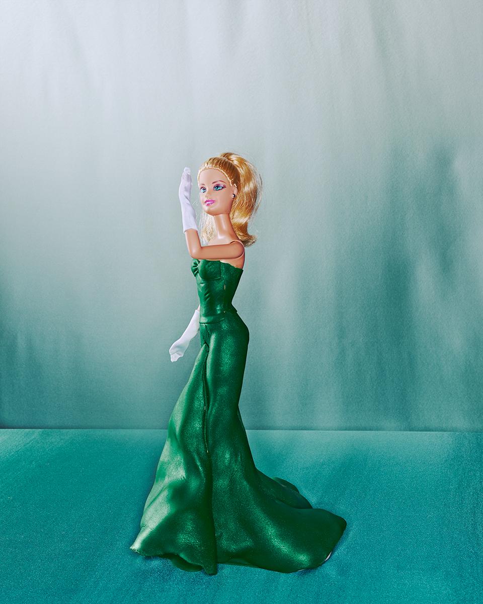 Cuki Charles James ruhákat kapott Barbie - minden-mas, divat-tortenetek, ujdonsagok -