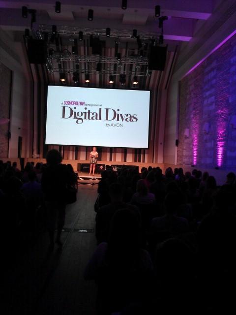 Digital Divas bloggerkonferencia- Best in Fashion &Trend díjat kaptam! - program-ajanlat, minden-mas, ajanlo -