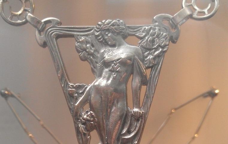 Alfons Mucha unokája ékszereket tervez - minden-mas, kiegeszitok-2, ekszer -
