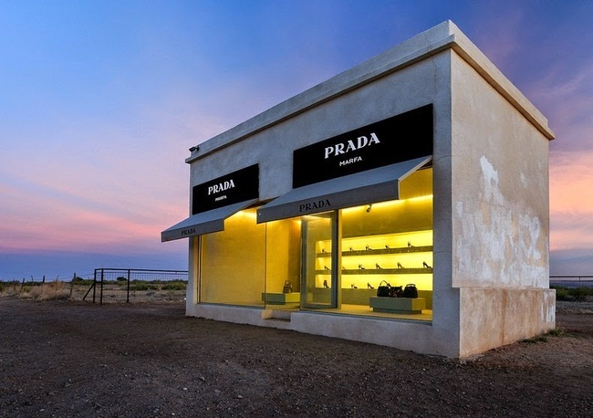 Prada Marfa -üzlet a semmi közepén - design-2, artdesign -