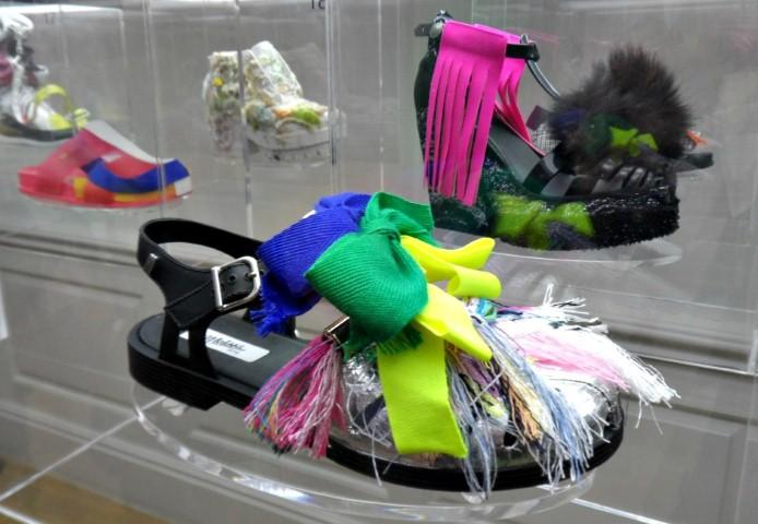Melissa X Rollacoaster - 21 tervező álmodta újra az ikonikus cipőket - minden-mas, london-fashion-week, kiegeszitok-2, fashion-week, cipo-2 -