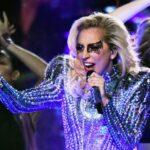 Lady Gaga az átváltozóművész a Super Bowl -on