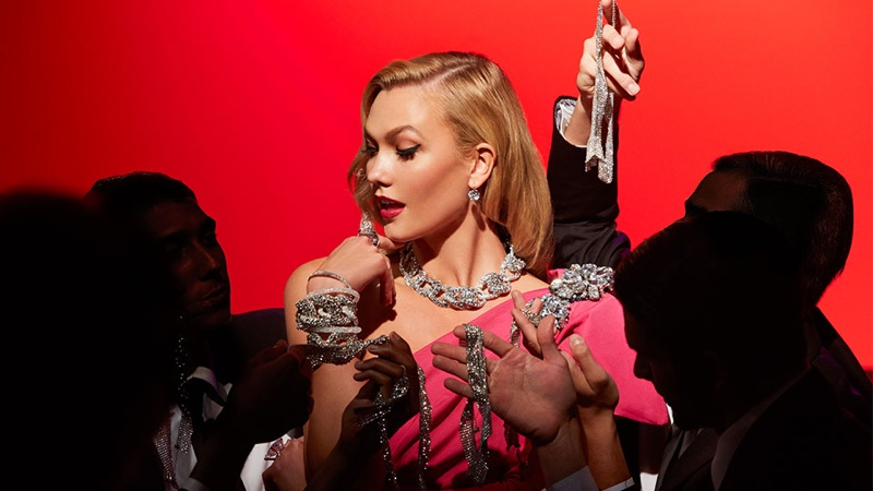 Swarovski Marilyn Monroe karlie Kloss