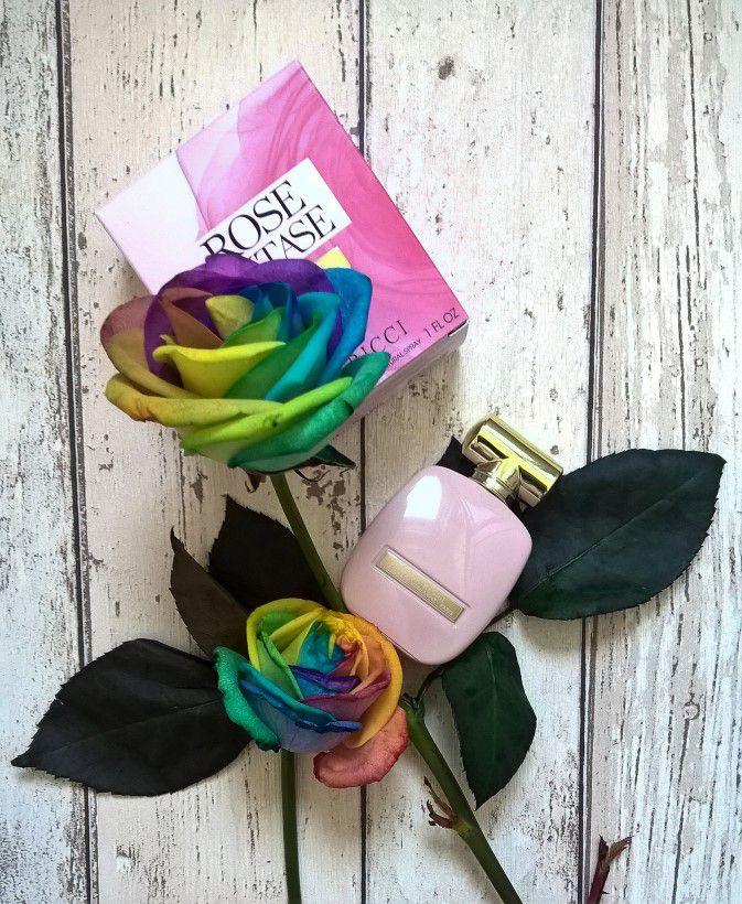 Extázis rózsákkal- Nina Ricci Rose Extase 7349d6fd09