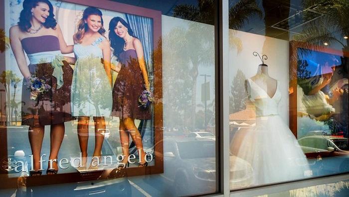 Becsődölt cég hoppon maradt menyasszonyaiért indult segítő akció a Twitteren - eskuvoi-ruha-2, ujdonsagok -