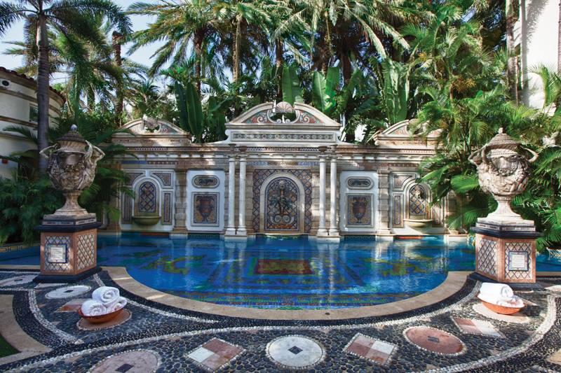 Gianni Versace villájából luxus hotel lett - ujdonsagok -