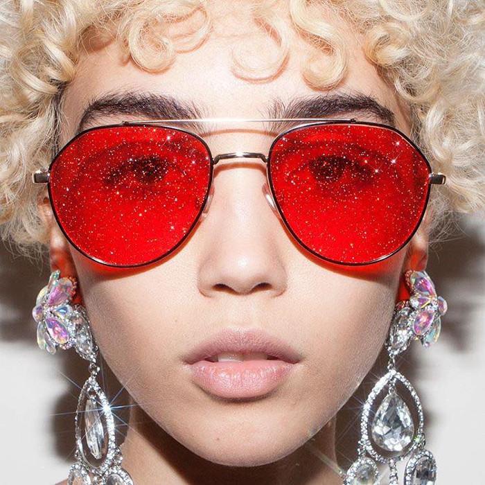 2018 új trendje- glitteres napszemüveg filterek helyett - szemuveg-2, kiegeszitok-2 -
