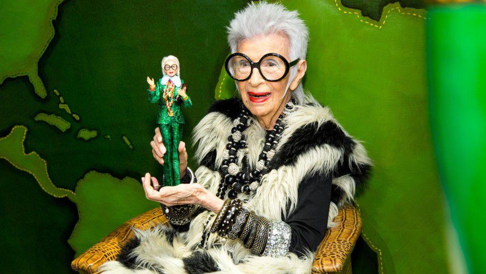Iris Apfel előtt tiszteleg a Bergdorf Goodman - kirakat-2, ujdonsagok -