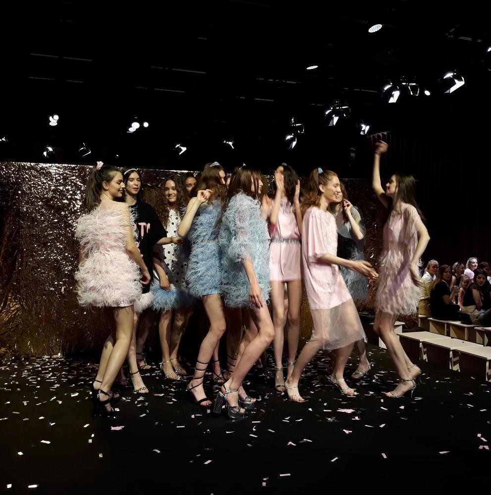 Omelya T-Dress bemutatkozik Budapesten - tavaszi-es-nyari-divat, minden-mas, fashion-week, central-european-fashion-week -