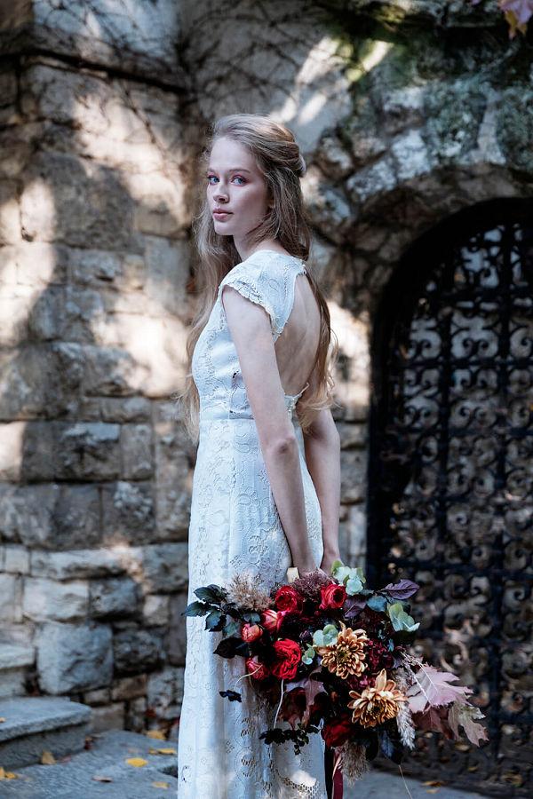 Bálint Sára magyar divattervező esküvői ruha menyasszony