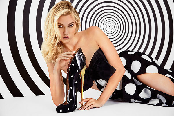 Good Girl Collector Edition Dot Drama Carolina Herrera pöttyös cipő parfüm karlie Kloss modell