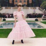 Így készült a Chanel 2019 SS Haute Couture kollekciója