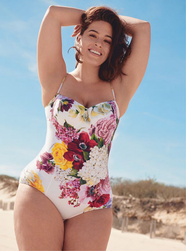 Ashley Graham retro bombázó a Harper's Bazaar editorialjában - furdoruha-2, ujdonsagok -