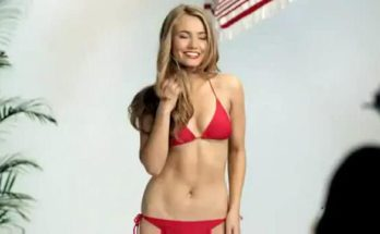 Készen álltok egy újabb vicces videóra? Íme a bikinimodell titka - pumpkin-light -