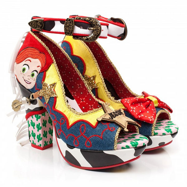 Érdekes cipőket inspirált a Toy Story 4 - ujdonsagok, cipo-2 -