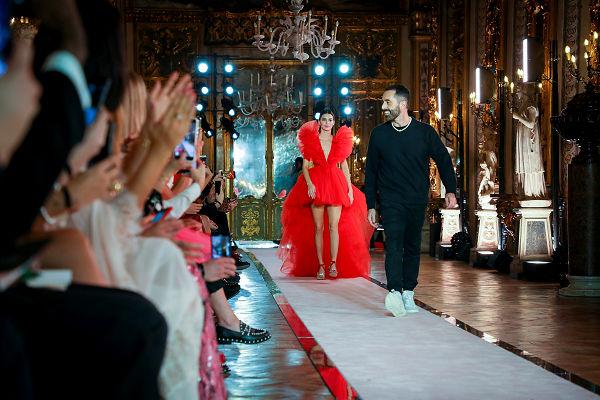Hamarosan útjára indul a Giambattista Valli x H&M kollekció - ujdonsagok -