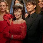 Valentino karácsonyi kampányában  Joan Collins és Dante idézetek