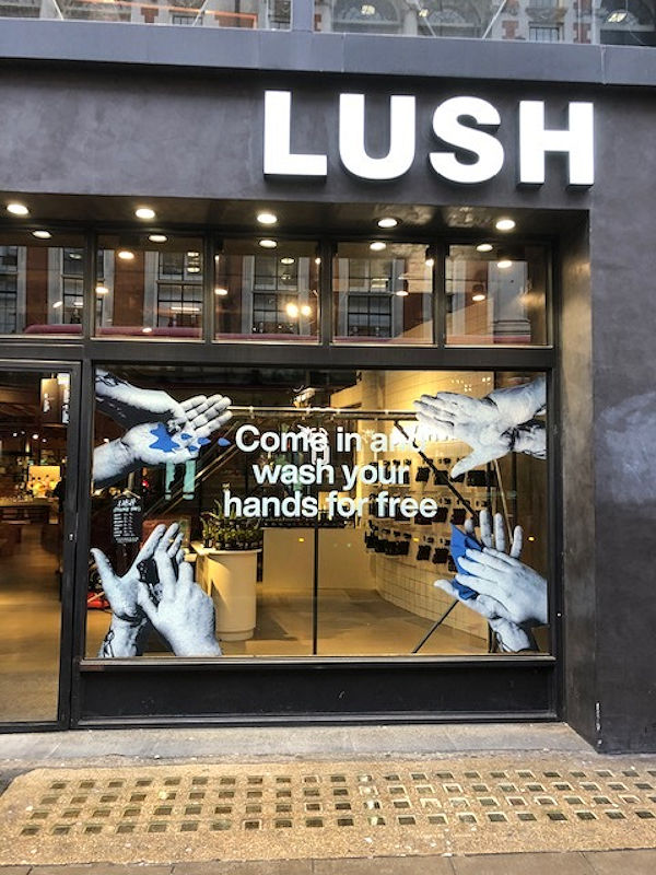 """Lush has invented Soap Record to play """"Happy Birthday"""" - beauty-en -"""