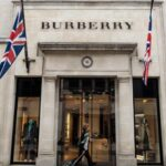 A Burberry is felajánlotta kapacitását a koronavírus elleni harcban