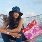 Louis Vuitton batikolt kollekcióval várja a nyarat