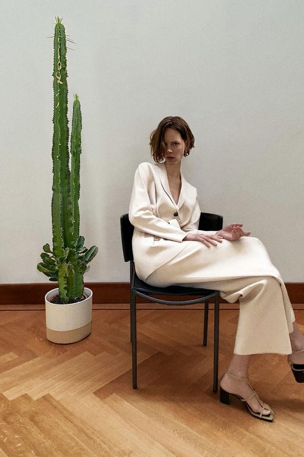 A Zara tavaszi minikampányát otthonában fotózta egy modell - tavaszi-es-nyari-divat, design-2 -