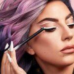Lady Gaga fantasztikusan fest smink márkájának új kampányában