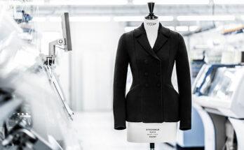 Kötött változatban is elkészült Christian Dior ikonikus Bar kabátja - oszi-es-teli-divat, ujdonsagok -