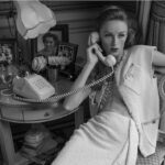 Nyolcvanas éveket és a film aranykorát idézi Chanel tavaszi kampánya