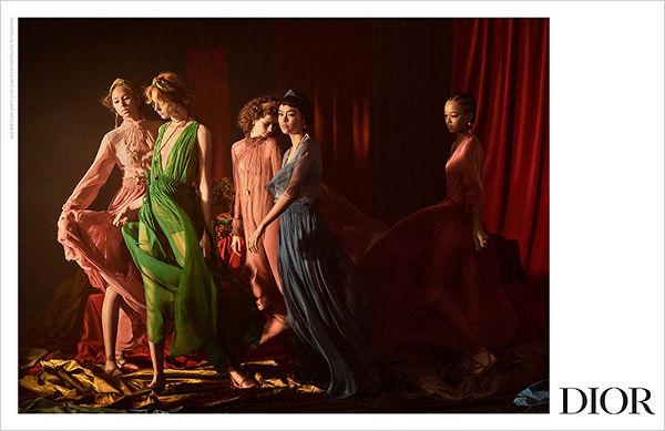 DIOR SS 2021 - életre kelt festmények - tavaszi-es-nyari-divat, ujdonsagok -
