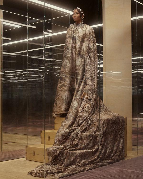 Demi Moore nyitotta meg Fendi haute couture showját - fashion-week -