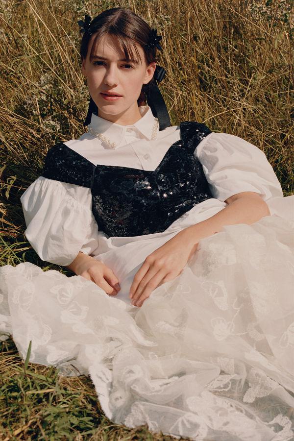 Megérkezett a Simone Rocha X H&M kollekció kampánya - ujdonsagok -