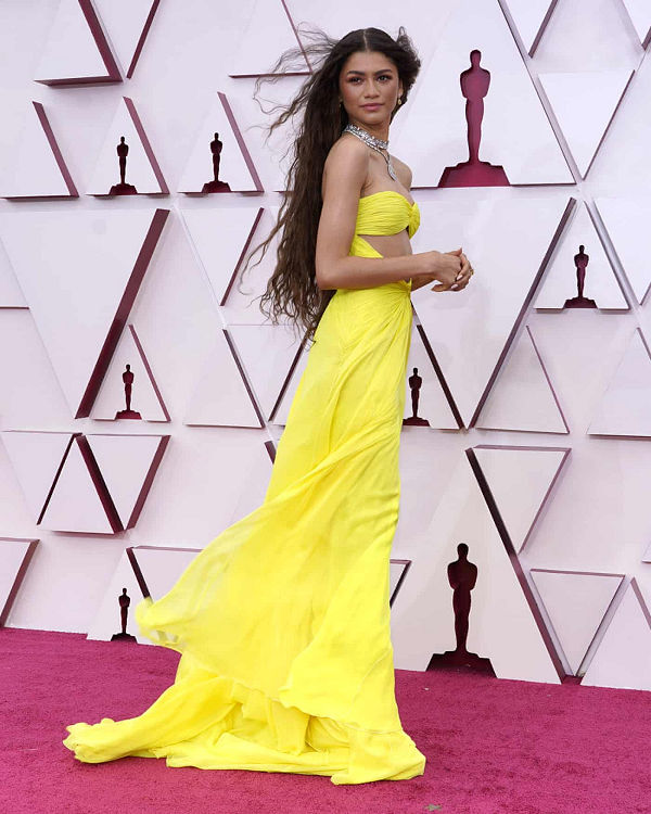 2021 Oscar díj átadás - vörös szőnyeges divatkörkép - uncategorized-hu, ujdonsagok -